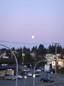 Full Moon in Nanaimo, BC 2012